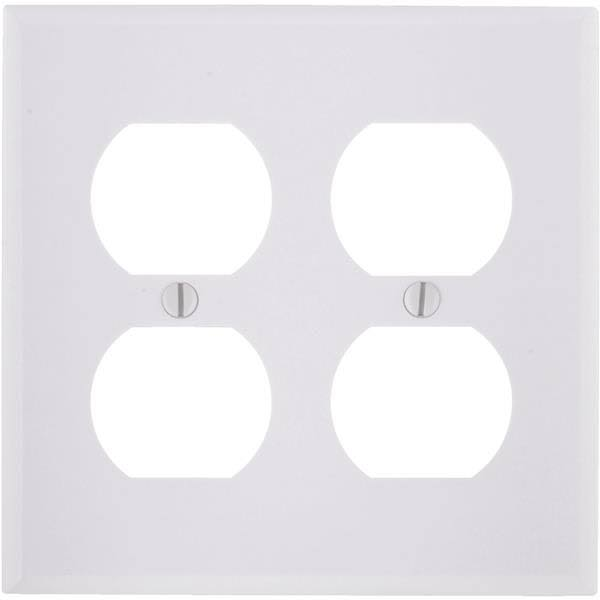 Leviton Two Duplex Receptacle Wallplate - White, Double Gang