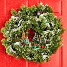 Kinds Of Christmas Trees by 60 Diy Christmas Wreaths How To Make A Holiday Wreath Craft