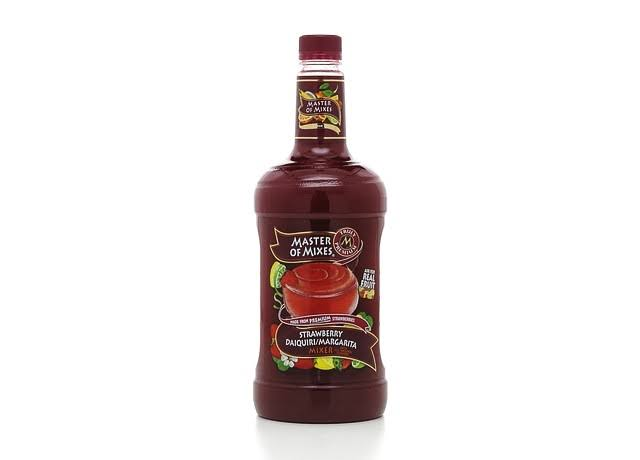 Master of Mixes Daiquiri Margarita Mixer - Strawberry, 1.75L