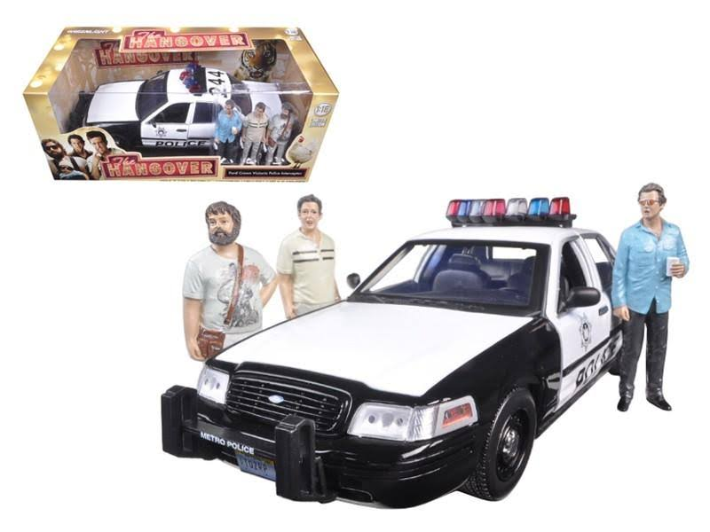 2000 Ford Crown Victoria Police Interceptor Car with 3 Figures The Hangover