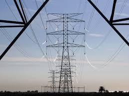 Estas torres llevan la energía desde una ciudad a otra