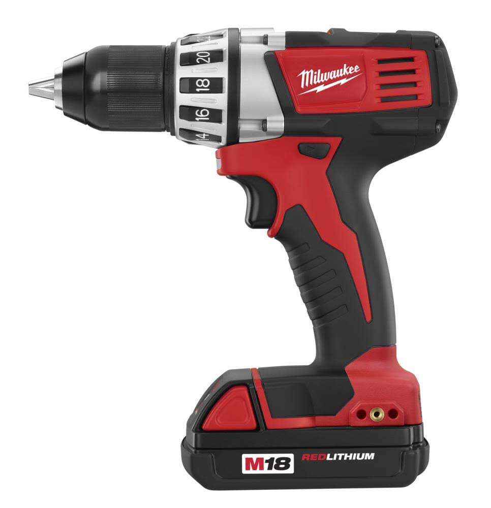 Milwaukee M18 Lithium-ion Compact Drill Driver Kit - 18v