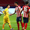 Por un blooper de Ter Stegen, Atlético Madrid derrotó al Barcelona y ...