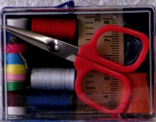 Sewing Kit w/Scissor