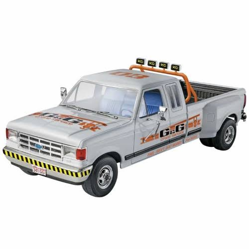 Revell Trucks '91 Ford F-350 Duale Pickup - 1:24 Scale